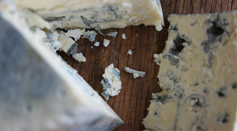 Cashel Blue is the original Irish farmhouse cow milk blue cheese.